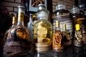 避免採購的野生動物紀念品,例如蛇酒