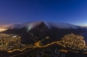 夜空雲毯:南非桌山