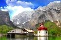 來自阿爾卑斯山的一澗水藍