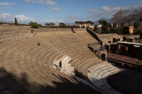 義大利受到冠狀病毒重創,龐貝古城考古公園等景點的遊客減少了超過75%。PHOTOGRAPH BY JONATHAN PERUGIA, IN PICTURES/GETTY IMAGES