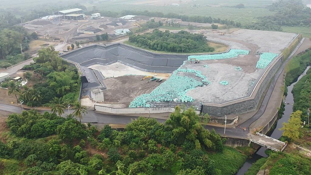 高雄市路竹掩埋場空拍圖。圖片來源:臺灣環境資訊協會提供