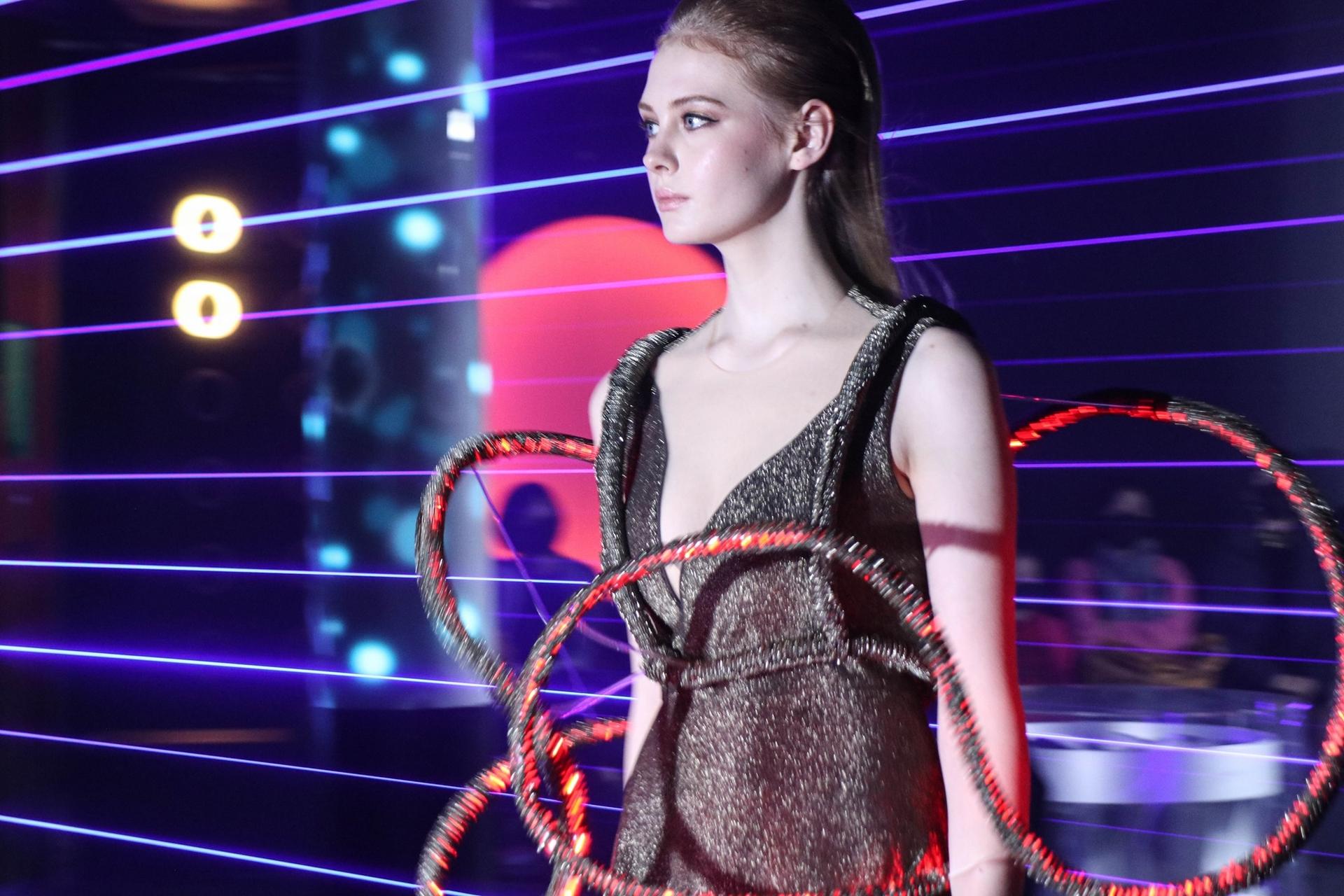 2020年12月18日舉辦的「RENEW THE FUTURE永續時尚之夜」耶誕特別活動現場。