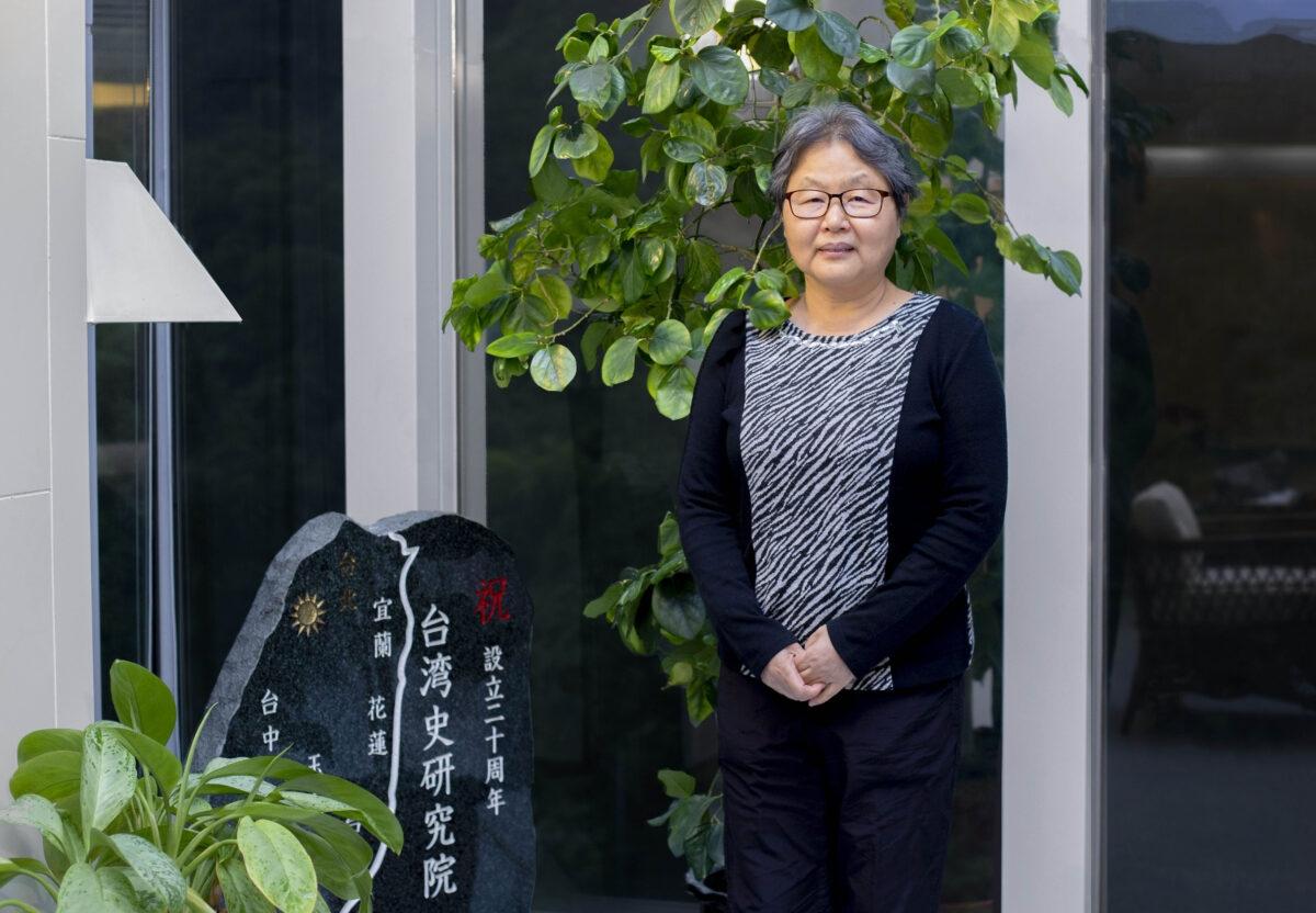 儘管史料難尋,但追溯那些被忽略、遺忘的歷史,說出臺灣人的故事,是鍾淑敏一路投入歷史研究的關懷。她也正著手研究二戰期間成為戰俘、戰犯的臺灣人,期望能填補更多臺灣史的空白。 圖│研之有物