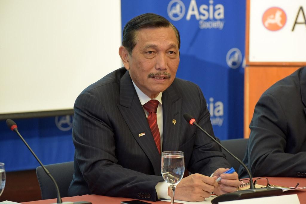 印尼海事與投資事務統籌部長盧胡特樂觀認為,印尼可以在50年內達成淨零碳排目標。圖片攝於2016年。圖片來源:Asia Society(CC BY-ND 2.0)