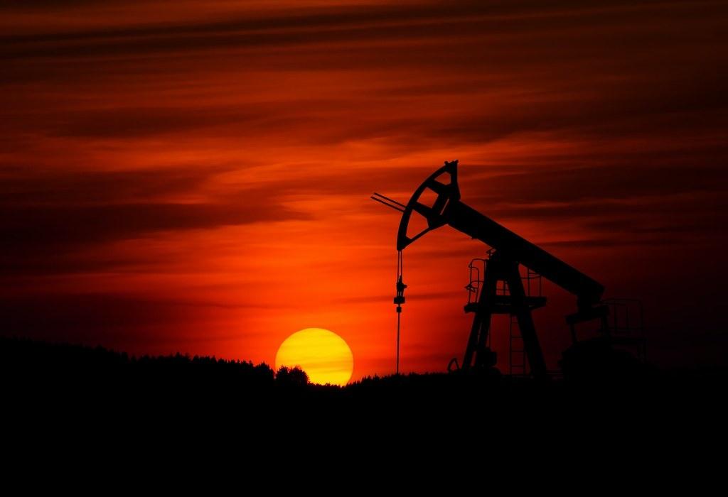 若想要有50%的機會將全球暖化控制在攝氏1.5度以下,當今國家和企業擁有的絕大多數化石燃料儲備必須留在地下。照片來源:Zbynek Burival/Unsplash