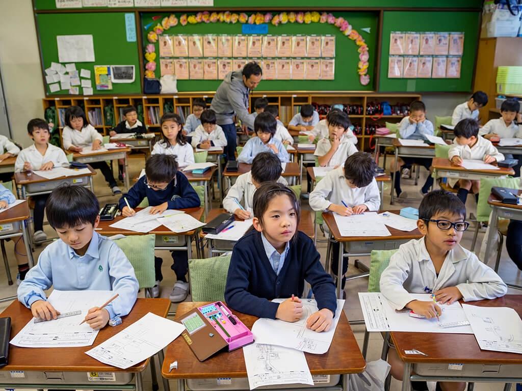聖德學園小學校─日本東京一間招生條件嚴格的私立學校─以智力測驗成績作為錄取學生的標準之一。PHOTO: PAOLO WOODS