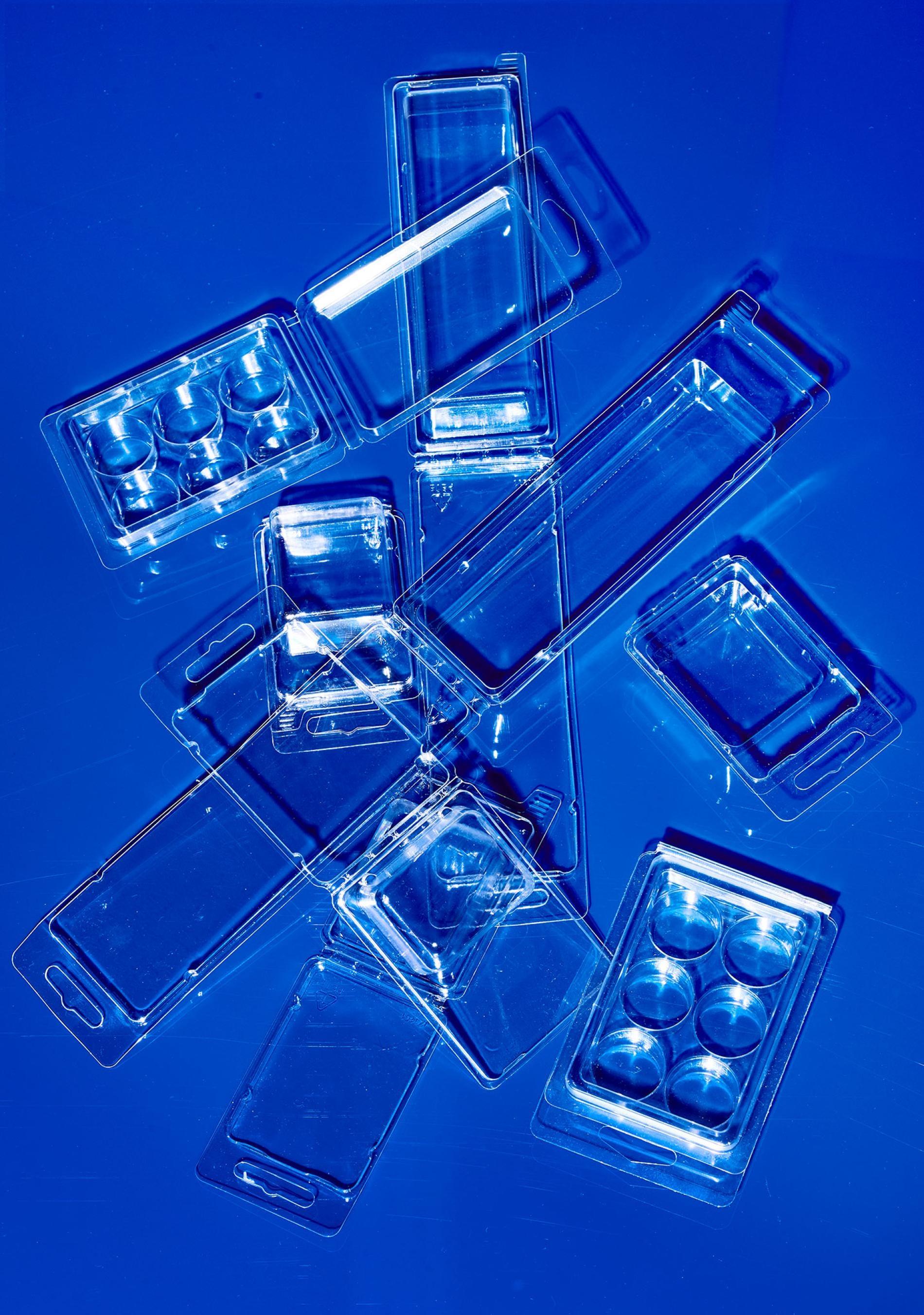 圖中這種泡殼塑膠包裝雖然可以回收,但不代表它們總是被回收。PHOTOGRAPH BY HANNAH WHITAKER, NATIONAL GEOGRAPHIC