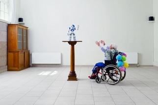 讓機器人照顧老年人