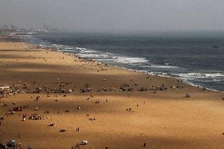 海浪、沙灘與故事