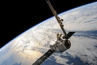太空太陽能新進展 美軍衛星實測:成功發射能量回地球