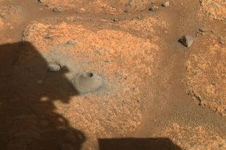 火星探測車毅力號首度採樣,樣本卻化為粉末與碎塊