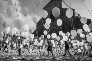 溫暖飄揚:波隆納氣球
