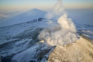 南極洲冰層底下發現活火山:噴發恐造成海平面上升