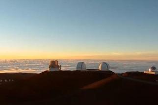 我們坐飛機去旅遊,天文學家們坐著飛機追星逐日發論文