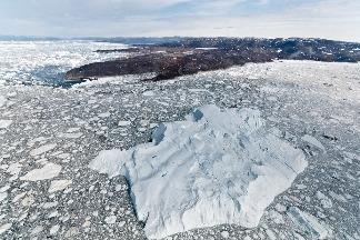 地球自轉軸加速漂移:40年移動4公尺 研究指向冰川融化、抽取地下水