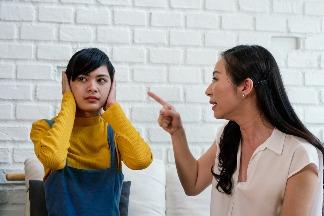 和爸媽吵架是不孝嗎?心理學家剖析青少年親子衝突的內心小劇場