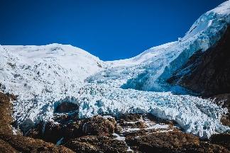 冰封1萬5000年 科學家在青藏高原冰河發現28種未知病毒