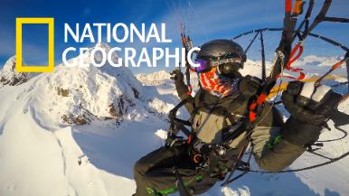 跟動力傘玩家一同翱翔於阿拉斯加的楚加奇山脈