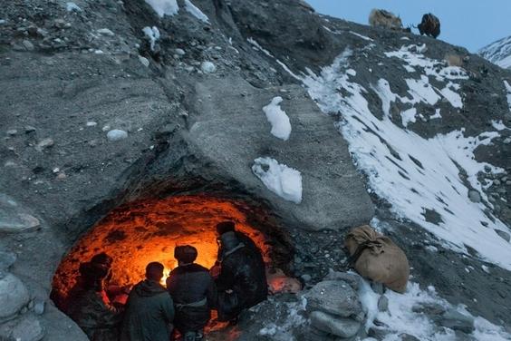 阿富汗:牧人洞穴