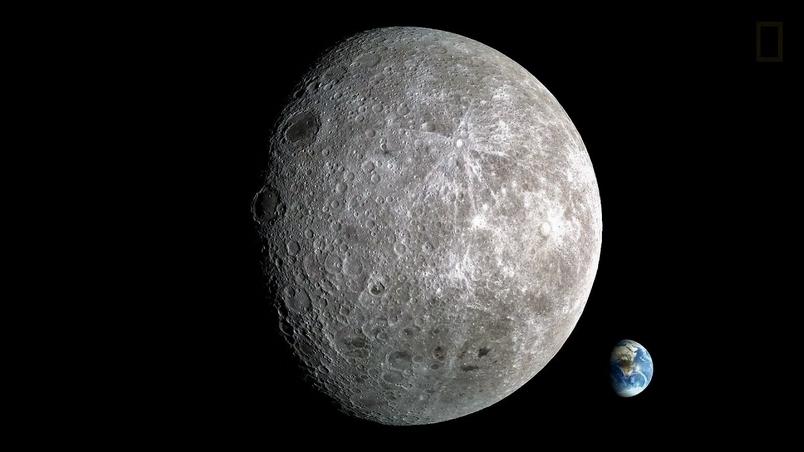 我們有顆溼答答的月球?!